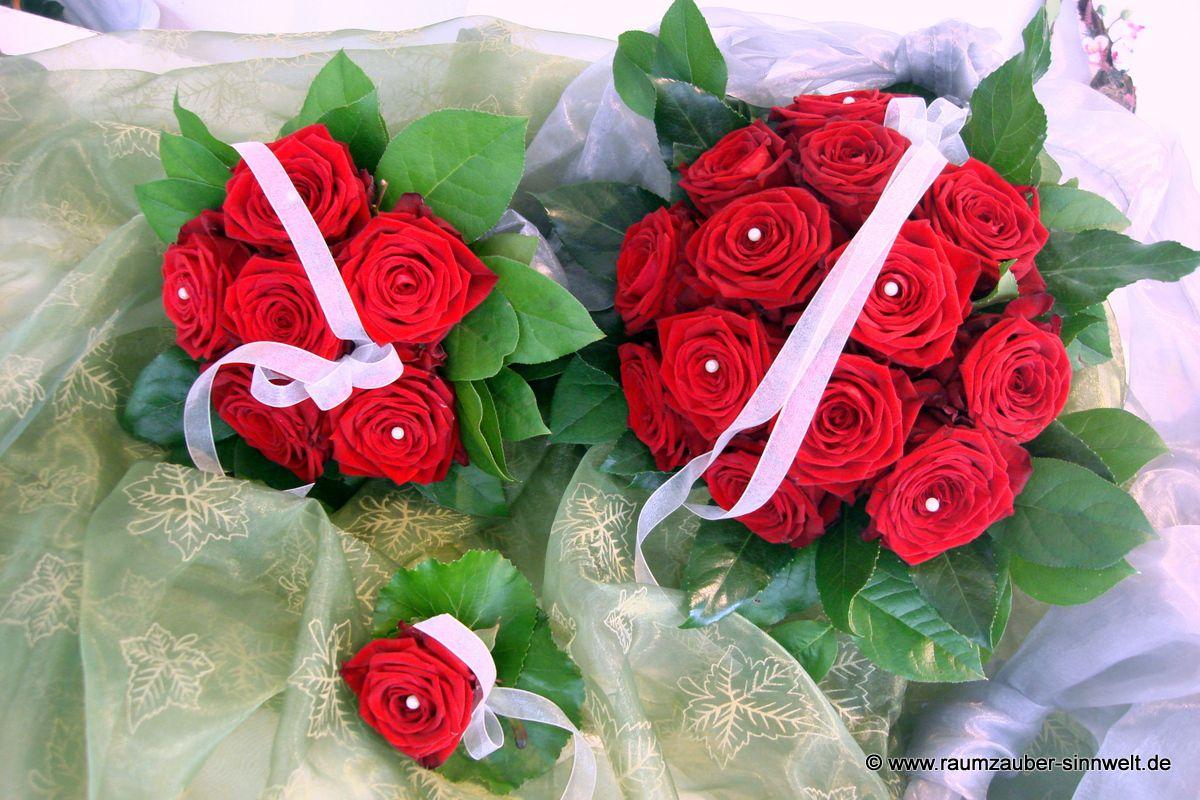 Brautstrauß, Wurfstrauß und Herrenanstecker mit Rosen