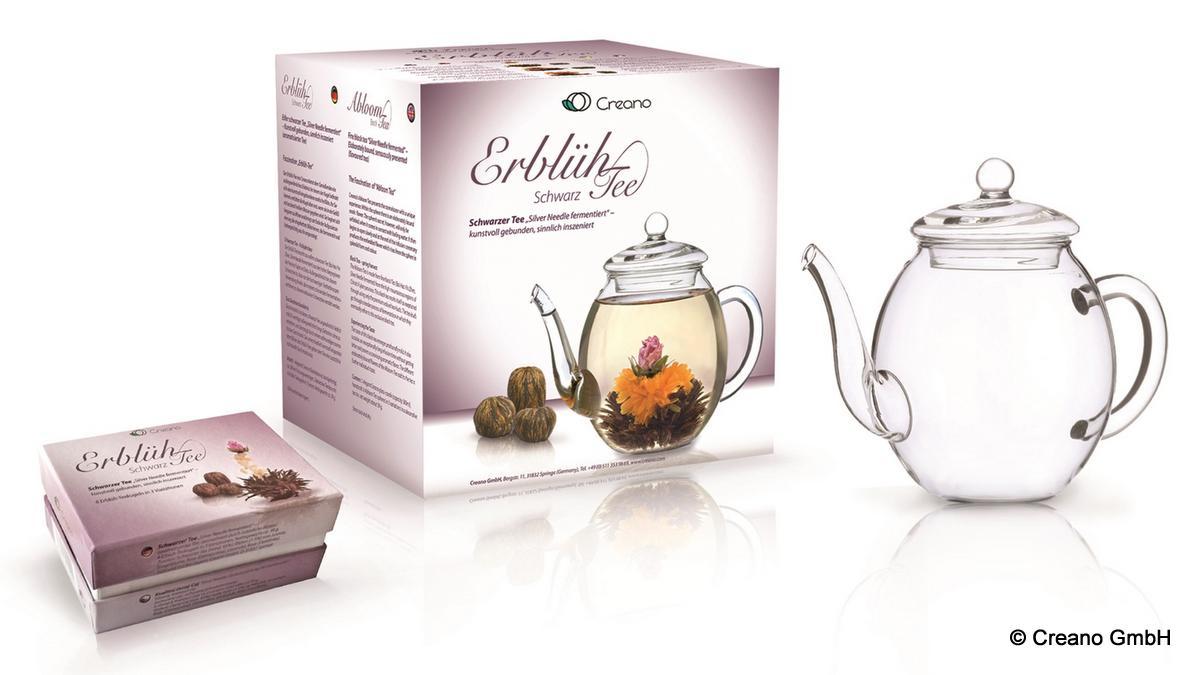 Die Teekanne für den Erblühtee
