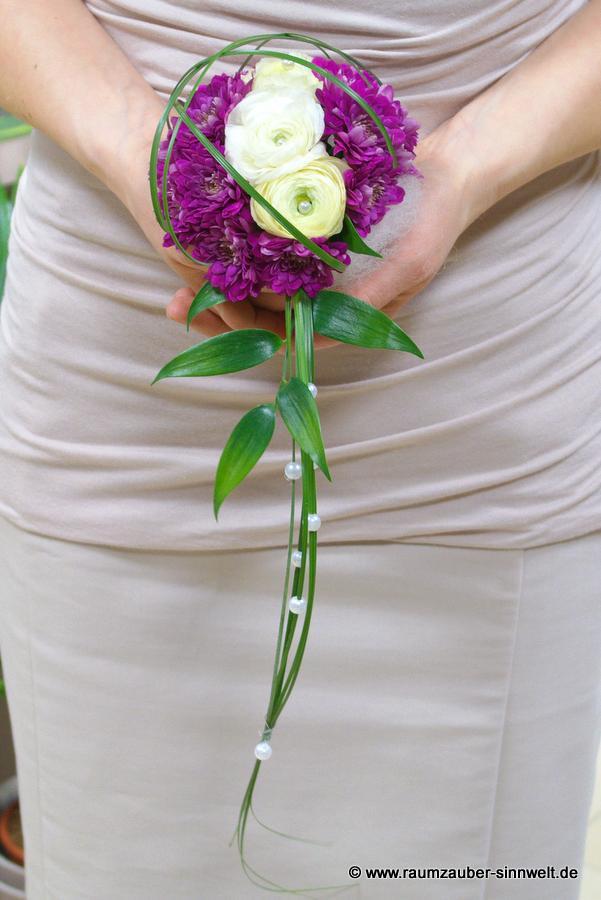 Armband für Brautjungfer oder Trauzeugin mit Ranunkeln und Santini