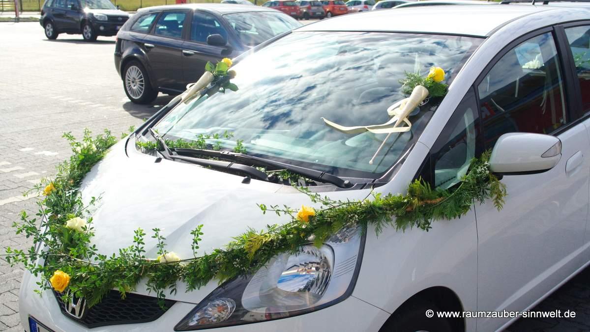 Autogirlande mit Rosen