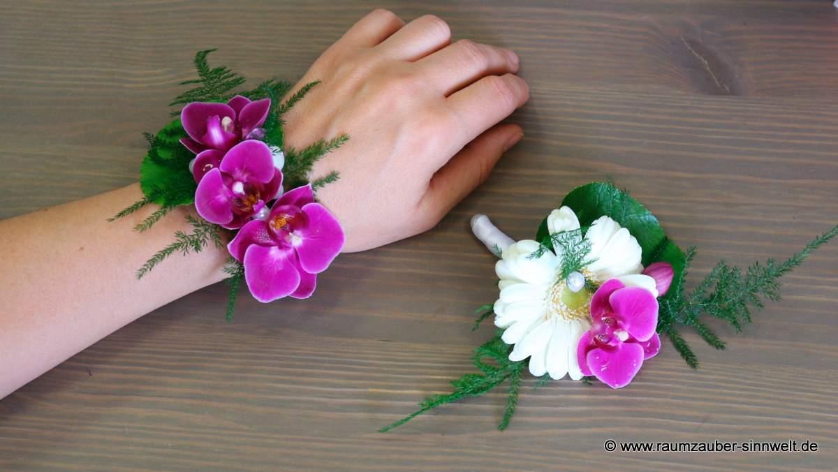 Armband und Herrenanstecker mit Orchideen