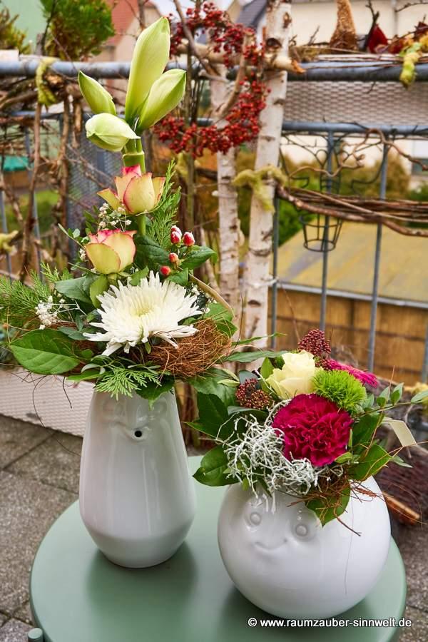 FIFTYEIGHT PRODUCTS entspannte und amüsierte Vase mit Blumenarrangement