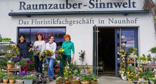 Team Raumzauber-Sinnwelt: Freude an Blumen und Pflanzen und Spaß bei der Arbeit