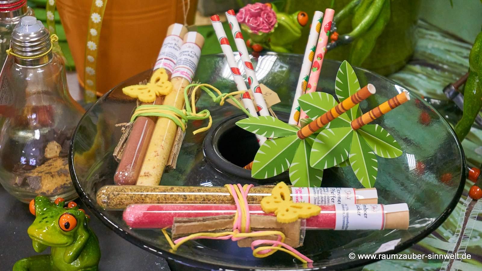 dekorierte Gewürzröhrchen