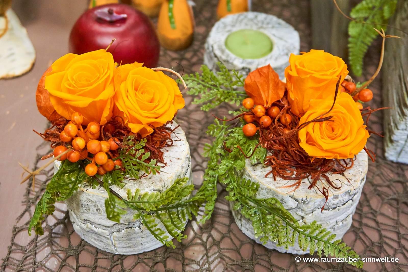 Trockendekoration mit gefriergetrockneten Rosen in Birkenstein-Keramik