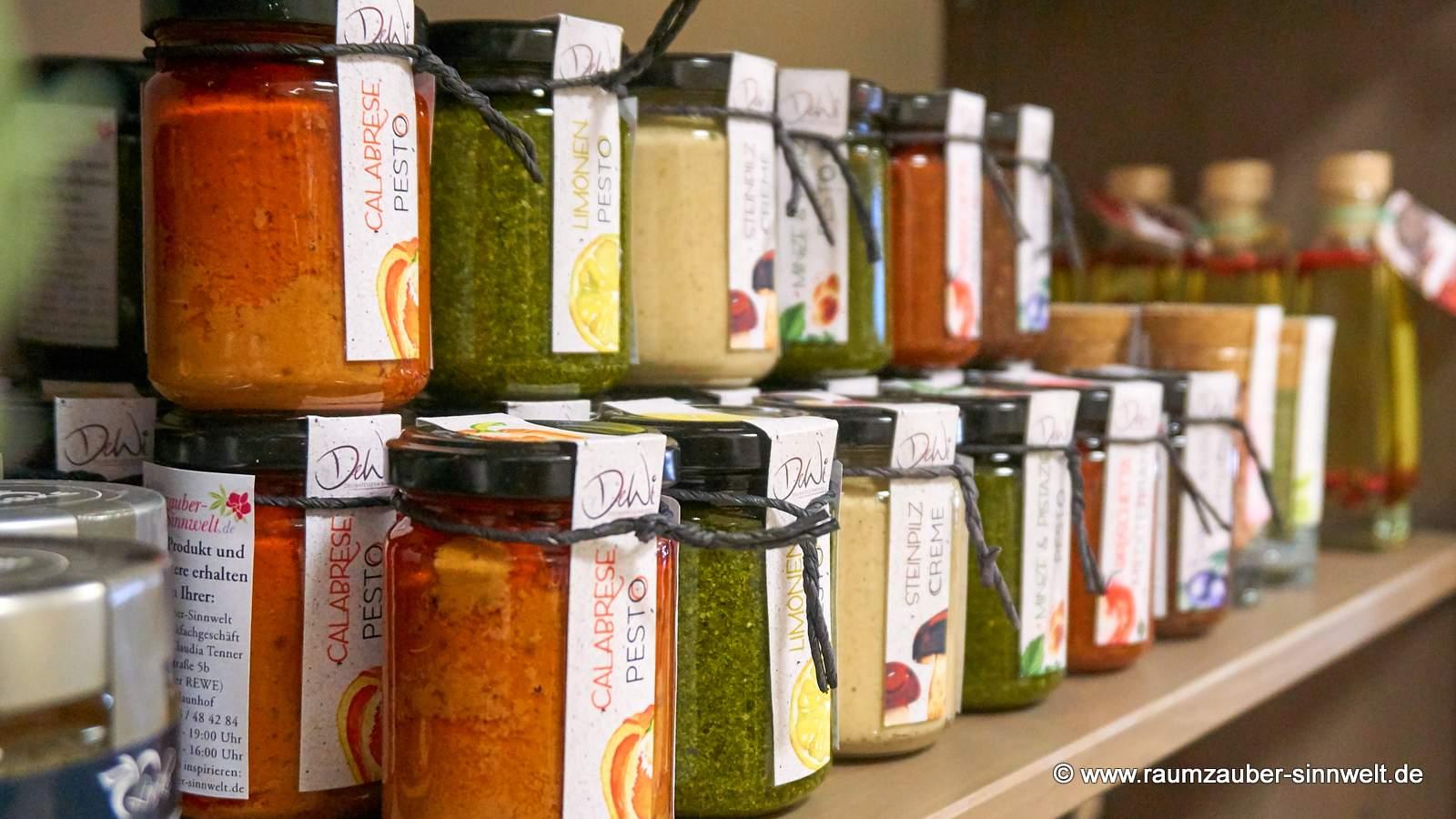 verschiedene Sorten Pesto