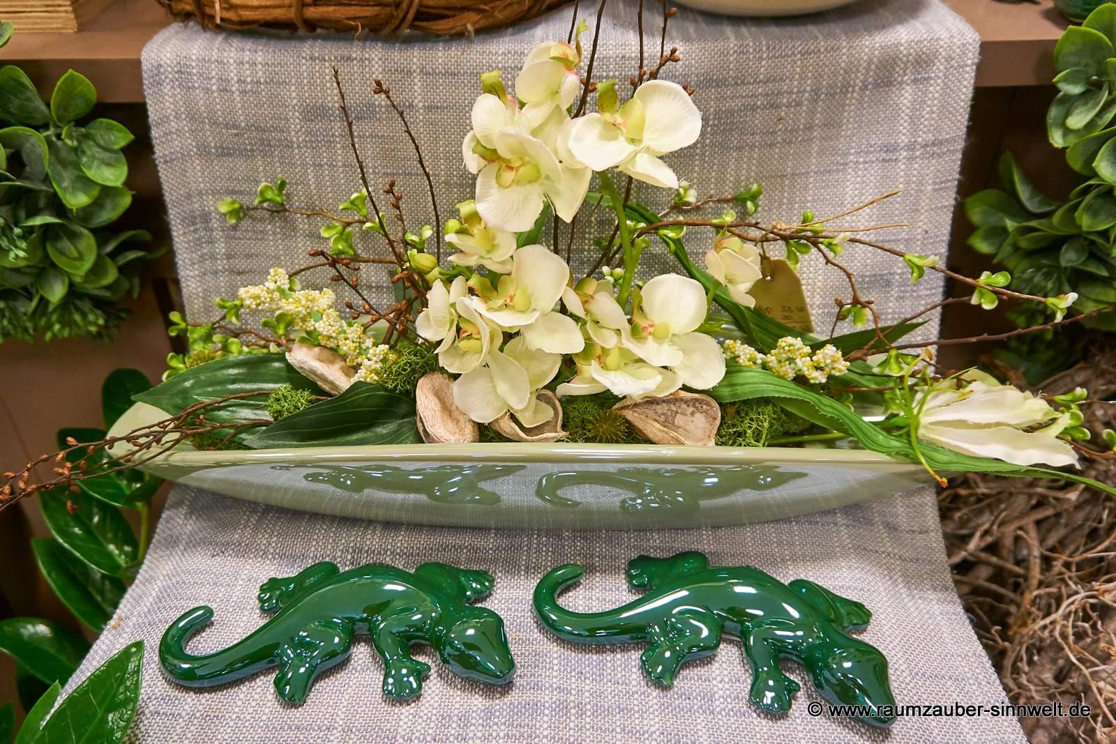künstliches Orchideengesteck in Schale Mavina und Salamander Salo von TIZIANO