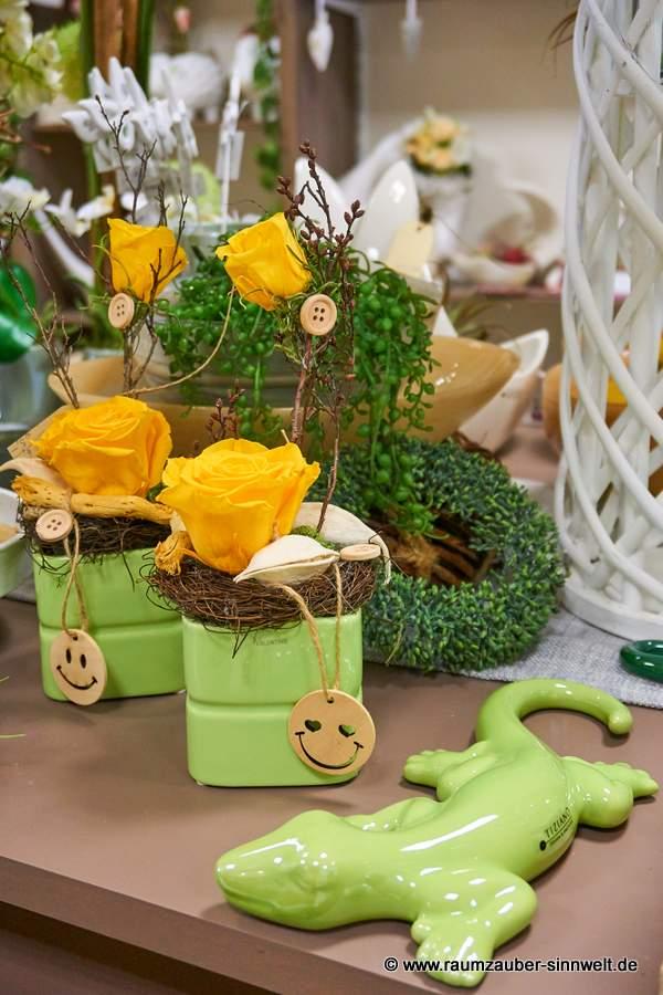gefriergetrocknete Rosen in VALENTINO - Minikübel Brisbane und Salamander Salo von TIZIANO
